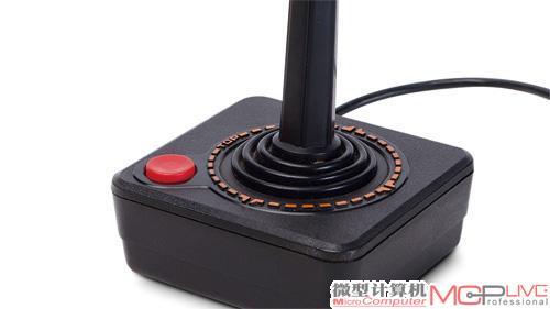 游戏手柄发展简史  为占领市场,雅达利特意将这个很容易上手的控制器